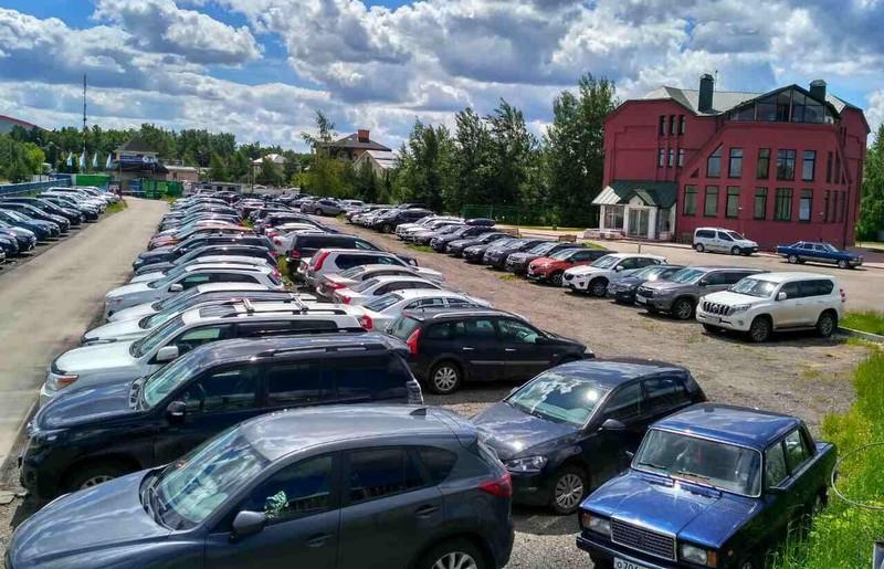 Частные парковки рядом с аэропортом