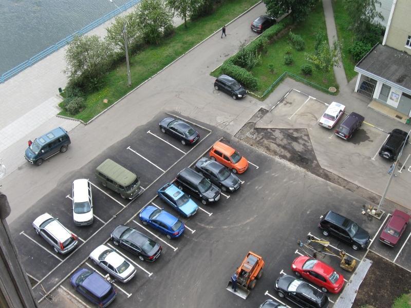 Бесплатный паркинг возле соц. объектов