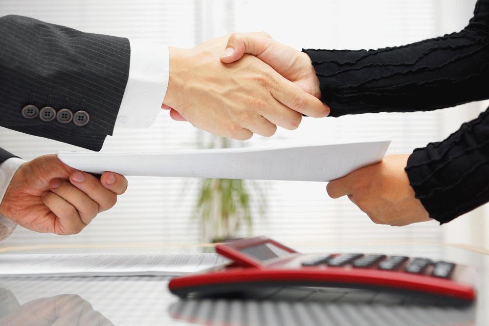 Оформление сделки по машино-месту происходит аналогично процедуре заключения договоров по недвижимости