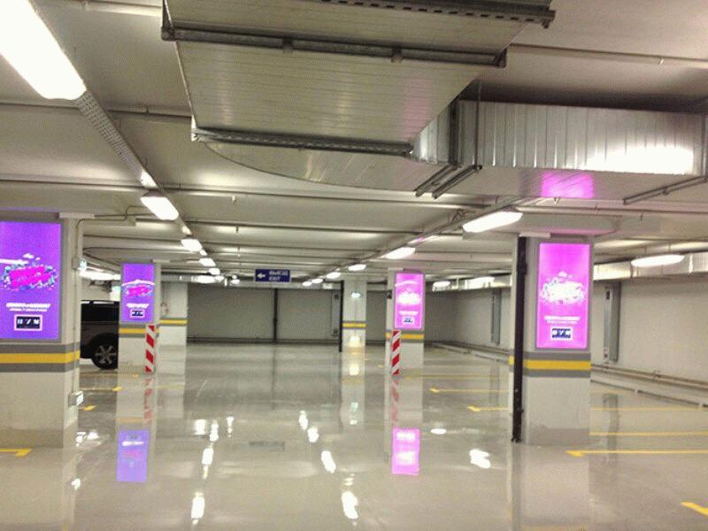 Подземный паркинг в ЦУМе