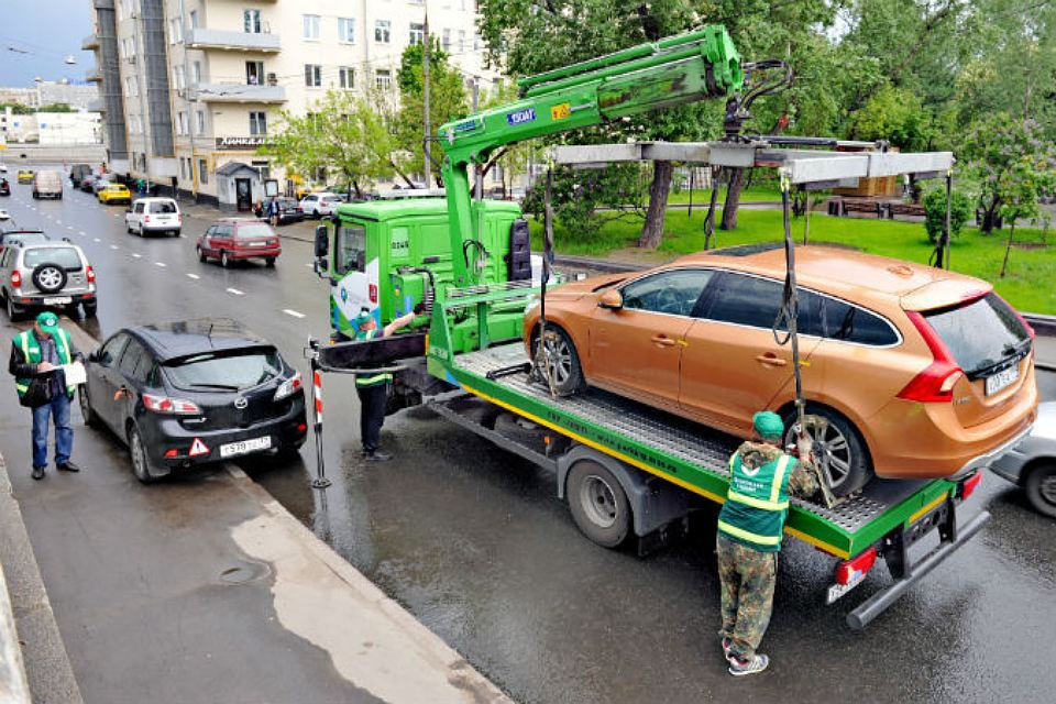 Штраф за эвакуацию автомобиля в Москве