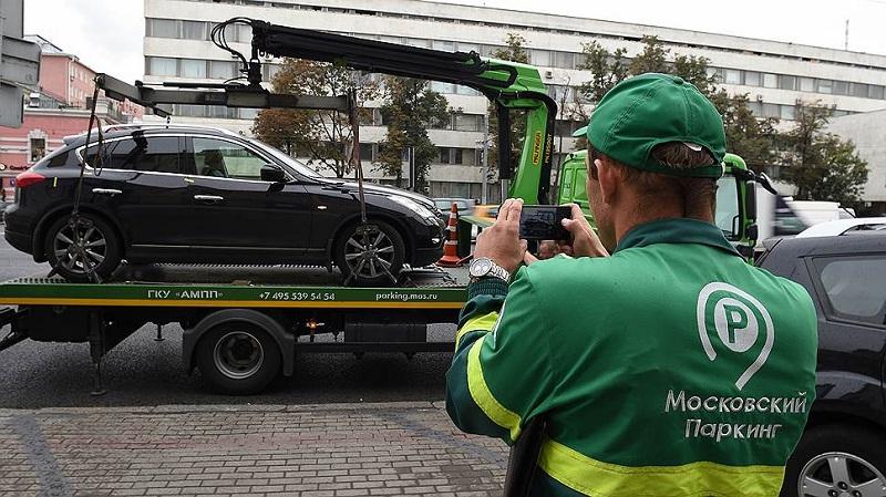 Введение платных стоянок в разы сократило количество неправильно припаркованных автомобилей